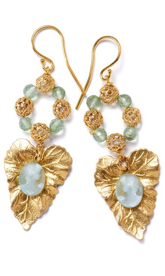 Filigree Leaves with Cameo