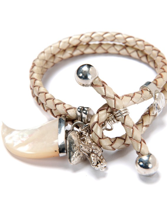 Toggle Pearl Horn